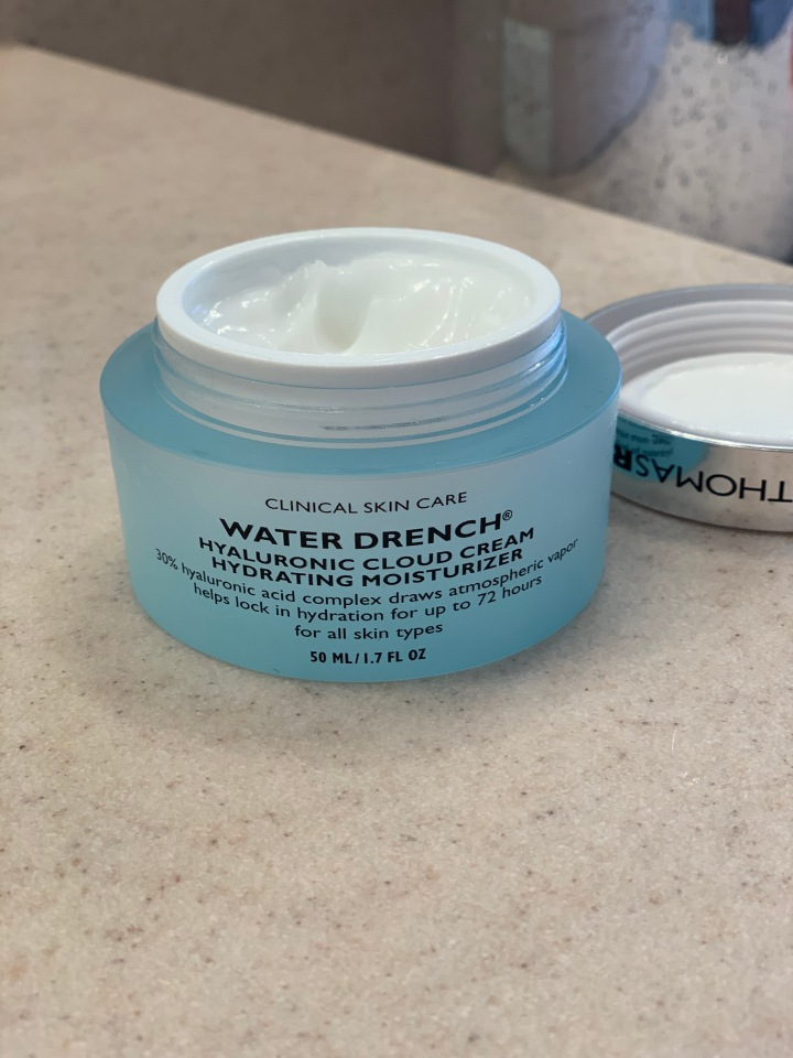 My Skin Care Addition: Peter Thomas Roth Water Drench Moisturizer